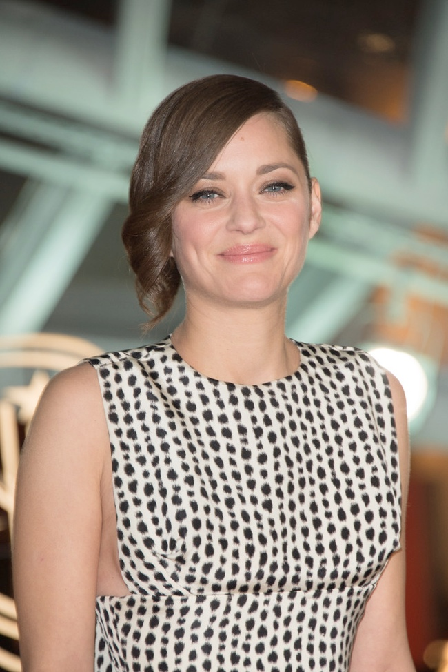 marion dior haute couture3 Marion Cotillard Wears Dior Haute Couture at the Marrakech Film Festival
