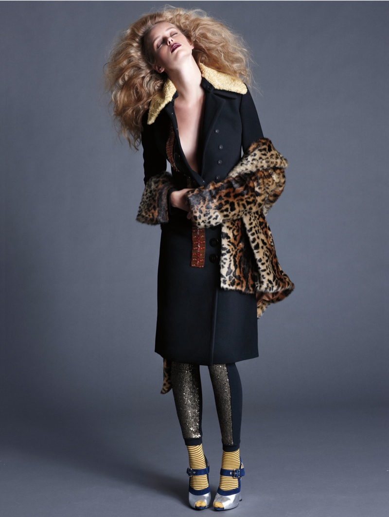 masha markina3 Masha Markina Wears Fall Style for Diego Uchitel in D Magazine