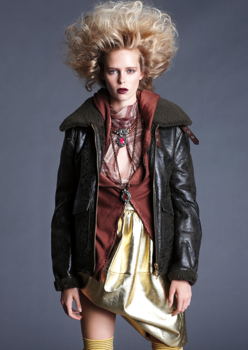 masha markina4 Masha Markina Wears Fall Style for Diego Uchitel in D Magazine