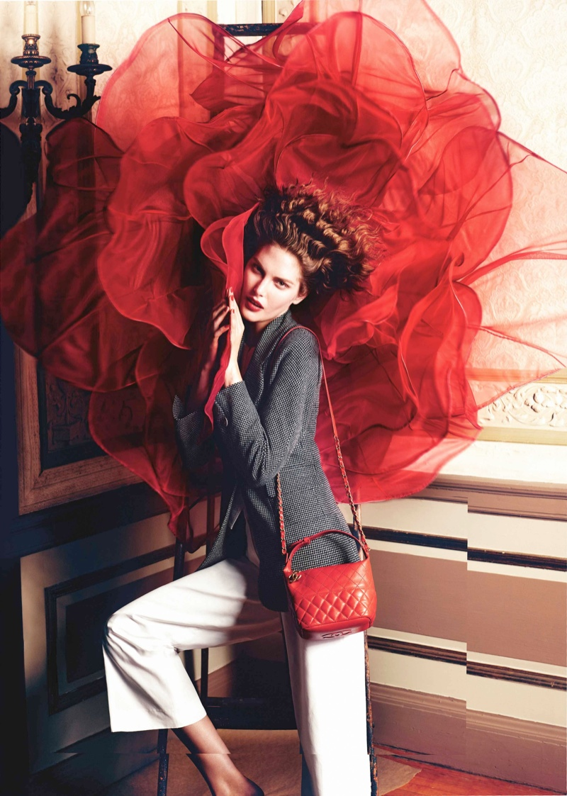 """Catherine McNeil & Jac Jagaciak Star in Neiman Marcus """"The Heart of Giving"""" Catalogue"""