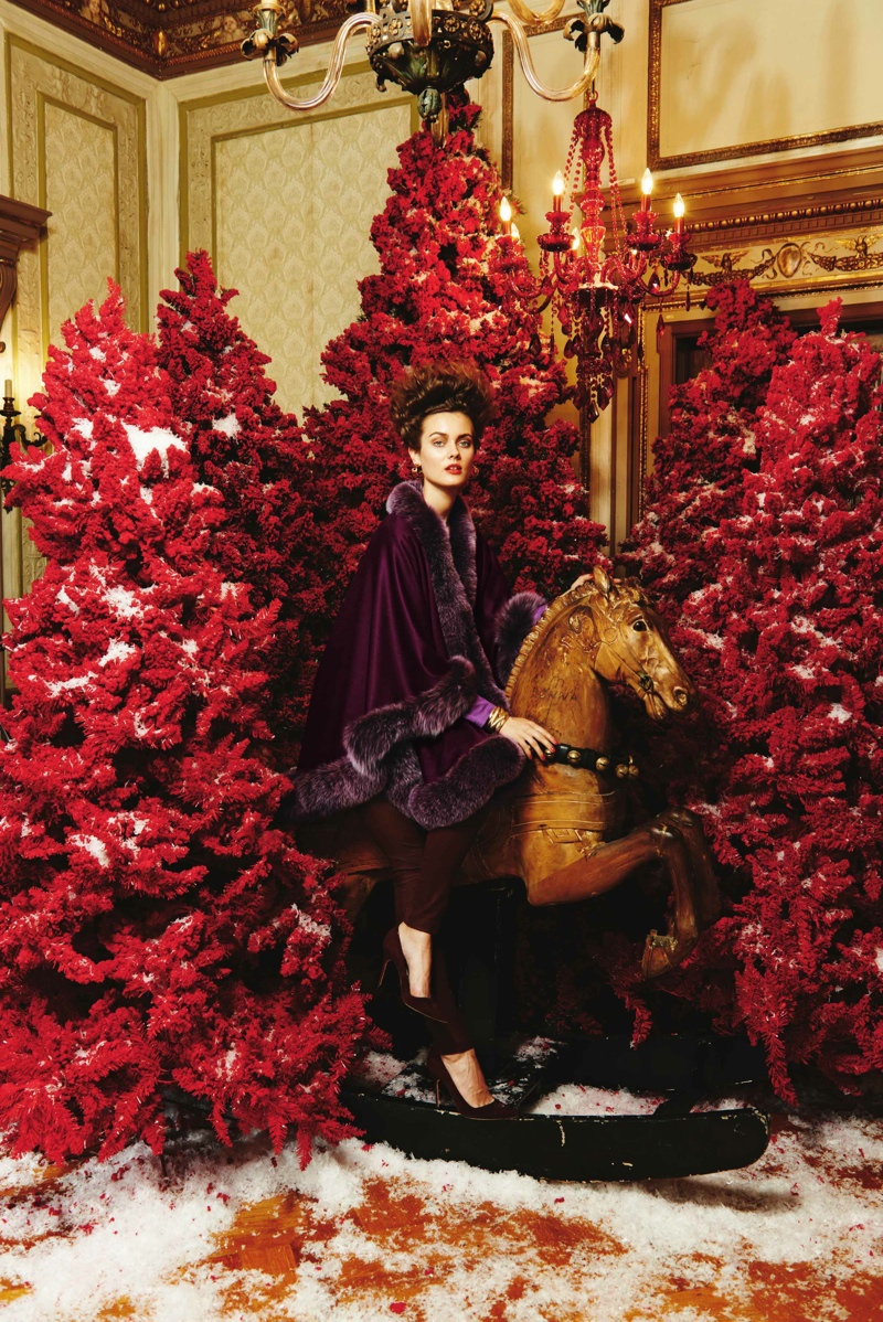 neiman marcus heart giving8 The Edit: Christmas & Holiday 2013 Shoots