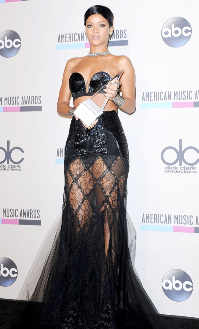 rihanna jean paul gaulter Taylor Swift, Katy Perry, Miley Cyrus + More Star Style at the 2013 AMAs