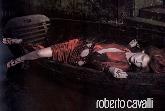 roberto cavalli fall 2004 ads8 Throwback Thursday | Angela Lindvall for Roberto Cavalli Fall 2004 Campaign
