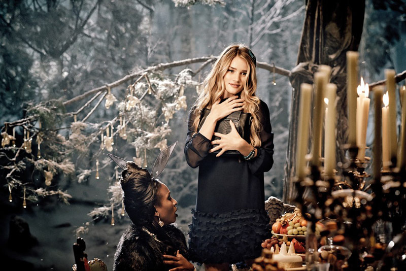 rosie marks spencer1 Rosie Huntington Whiteley Stars in Marks & Spencers Christmas Campaign