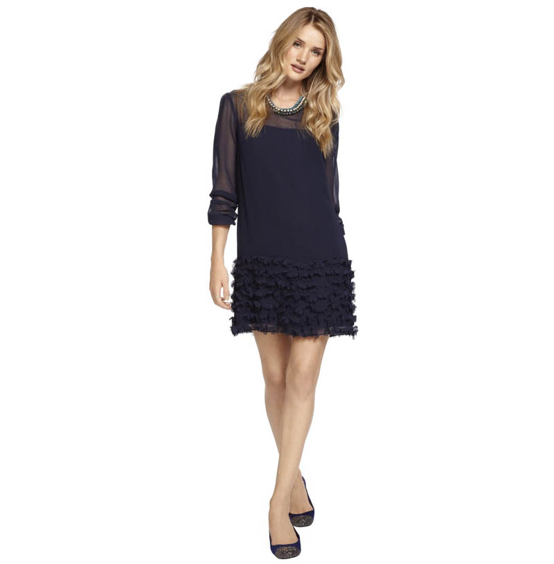 rosie marks spencer6 Rosie Huntington Whiteley Stars in Marks & Spencers Christmas Campaign