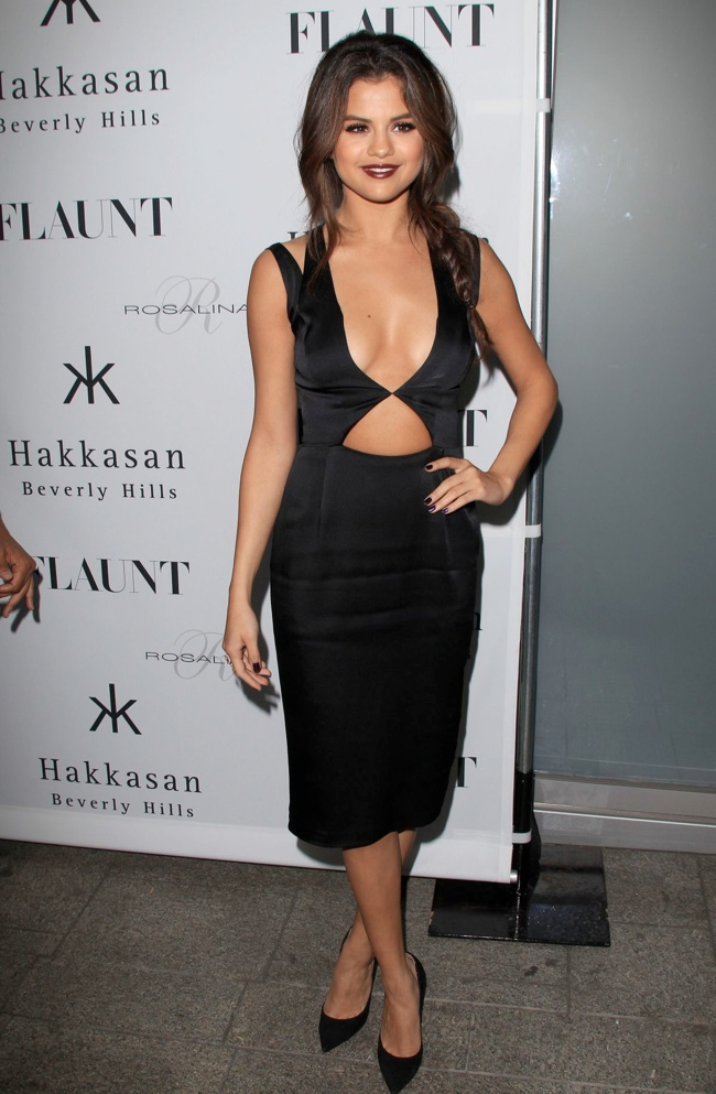 selena gomez cushie et ochs dress1 Selena Gomez Wears Cushie et Ochs at Flaunt Magazine Event