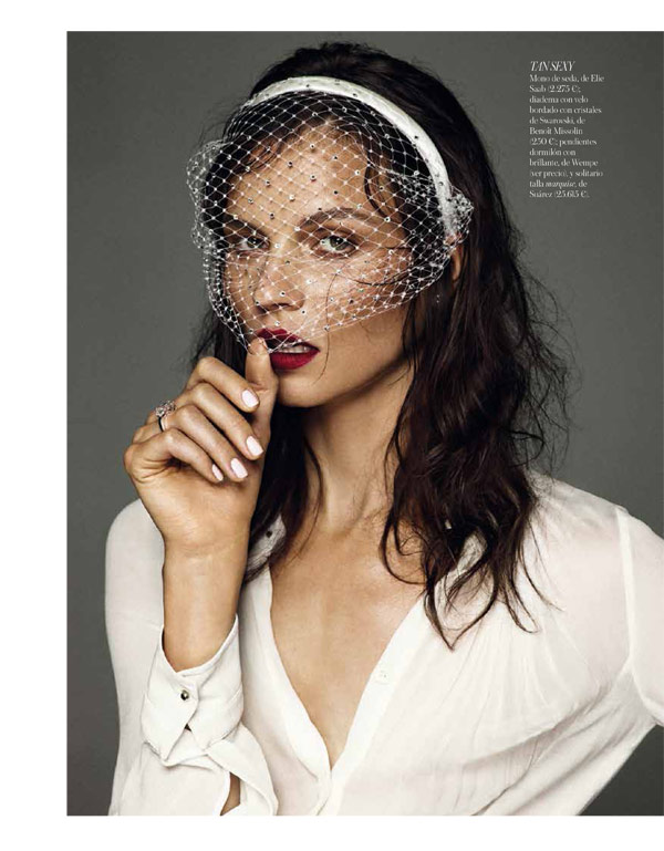 vogue brides alvaro8 Egle Tvirbutaite Poses for Alvaro Beamud Cortes in Vogue Spain Brides