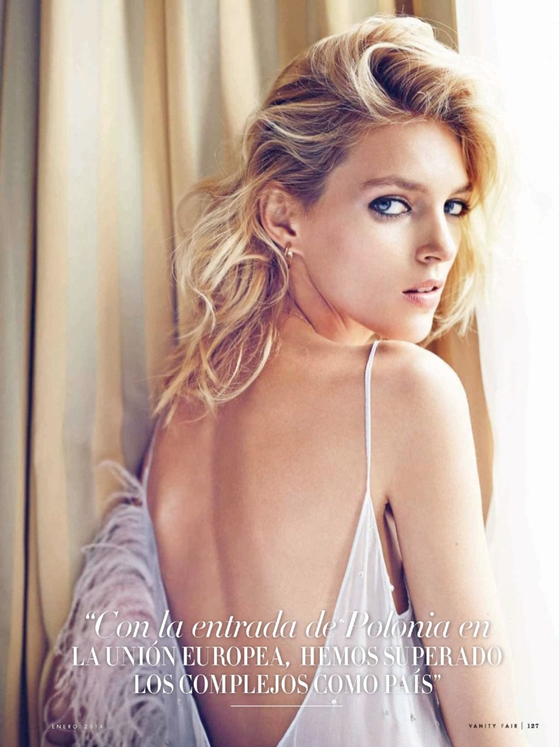 Anja Rubik Gets Glam for January Issue of Vanity Fair Spain