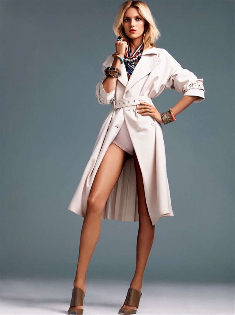 anja rubik photo shoot1 Anja Rubik Gets Sunny for Vogue Korea Shoot by Alexi Lubomirski