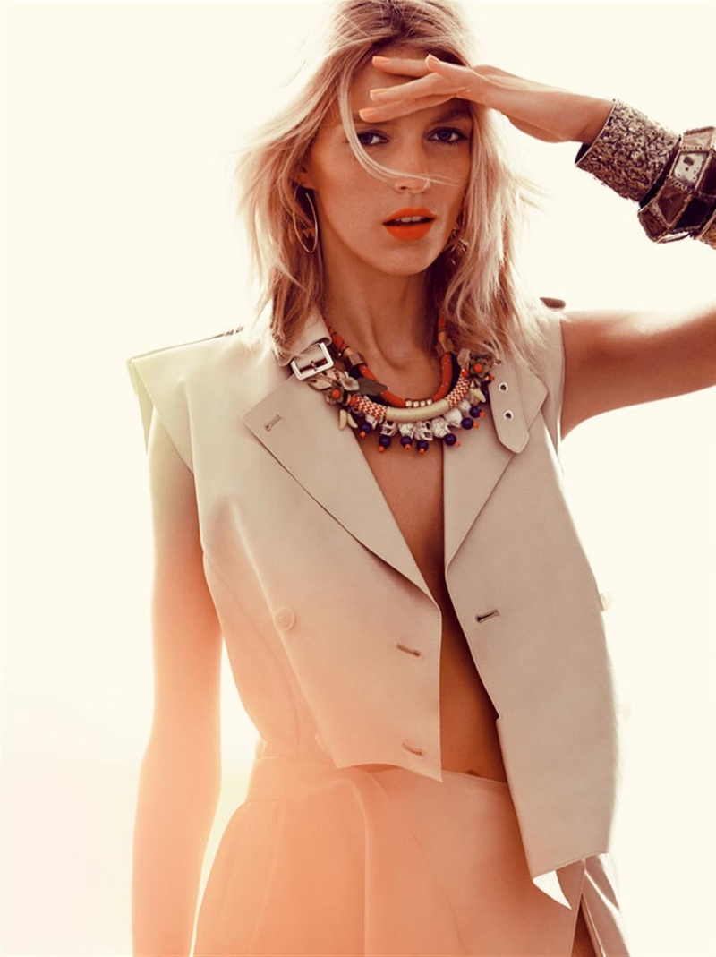 anja rubik photo shoot5 Anja Rubik Gets Sunny for Vogue Korea Shoot by Alexi Lubomirski