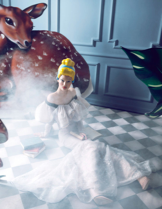 bazaar fairy tales5 Shxpir Captures Fairy Tale Fashion for Harpers Bazaar China