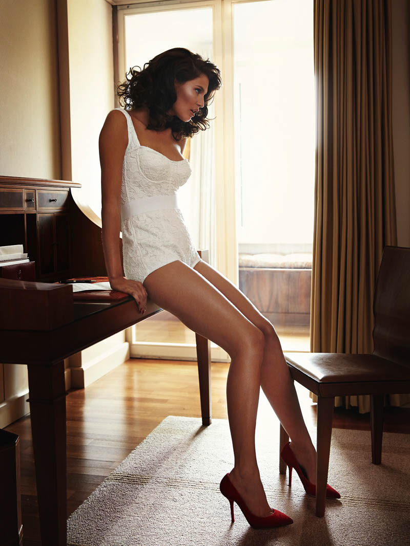 bianca lingerie shoot7 Bianca Balti Stuns in Dolce & Gabbana for Esquire Mexico