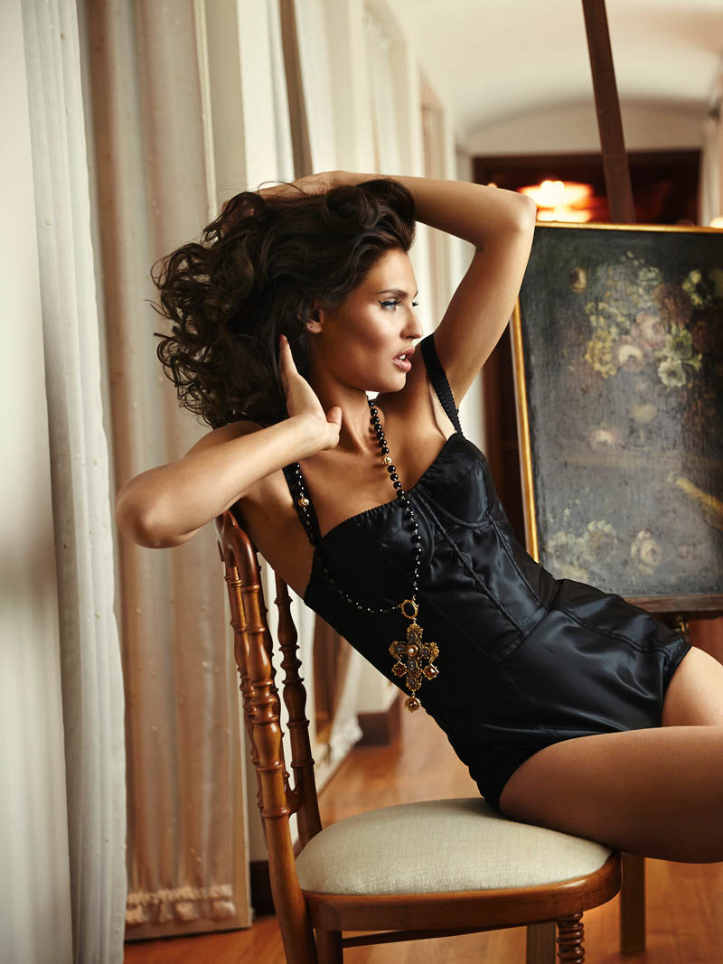 bianca lingerie shoot8 Bianca Balti Stuns in Dolce & Gabbana for Esquire Mexico