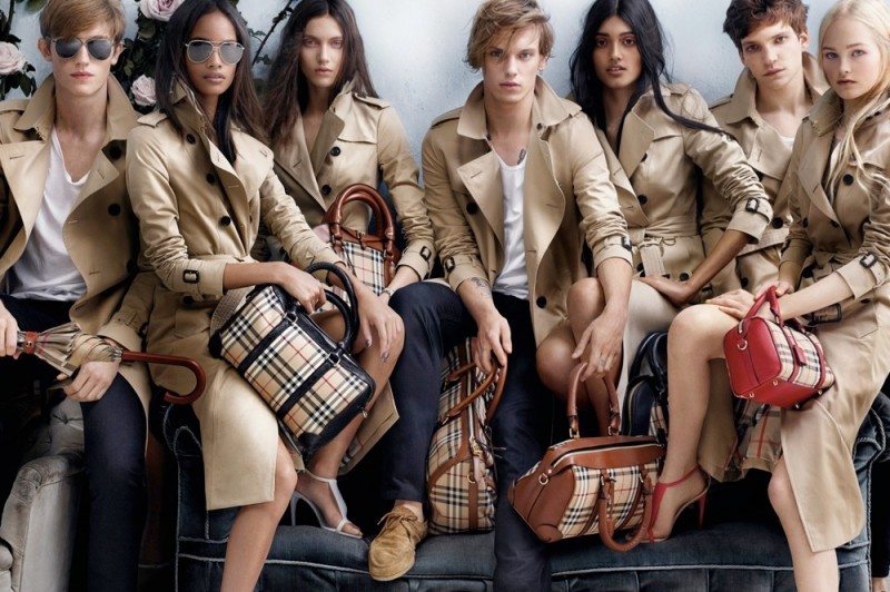 burberry spring 2014 campaign2 800x532 Burberry Launches Spring 2014 Ads with Malaika Firth + More