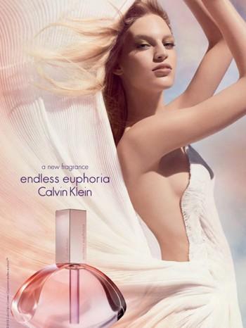 """Vanessa Axente Fronts Calvin Klein """"Endless Euphoria"""" Fragrance Ad"""