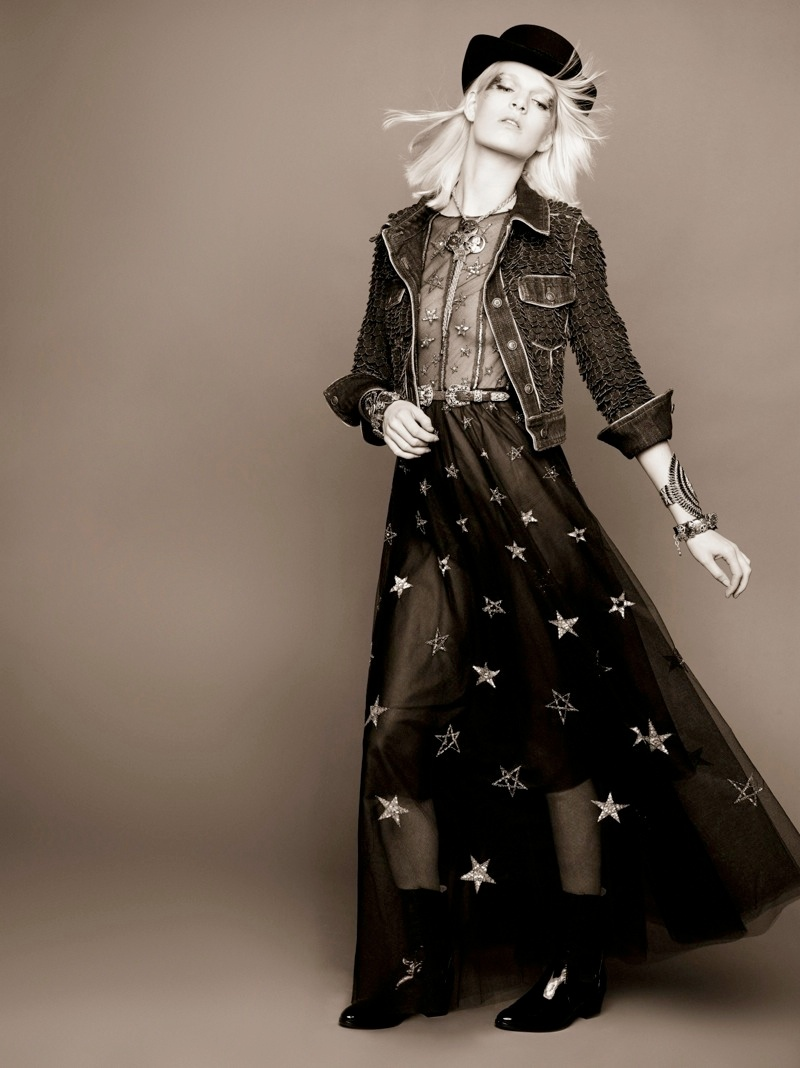 chanel ashleigh good prefall8 Ashleigh Good Stars in Chanel Pre Fall 2014 Shoot by Karl Lagerfeld