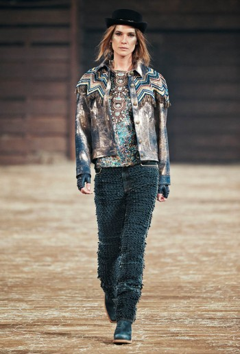 Chanel Pre-Fall 2014 Runway Show