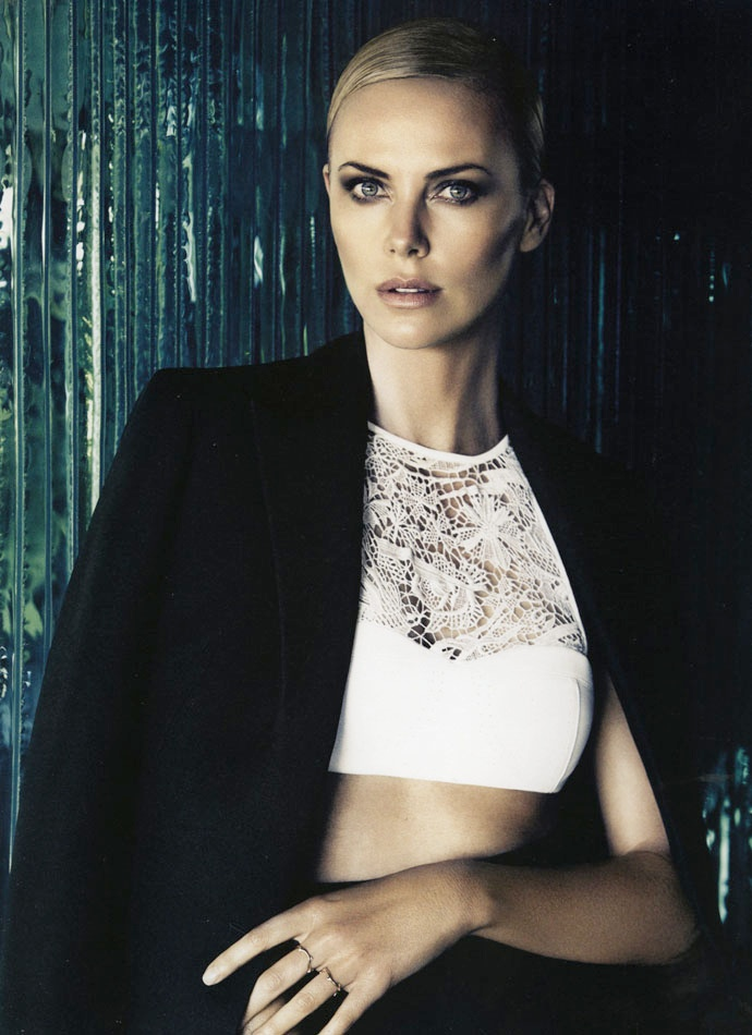charlize theron dior mag2 Charlize Theron Takes LA for Dior Magazine #4 by Patrick Demarchelier