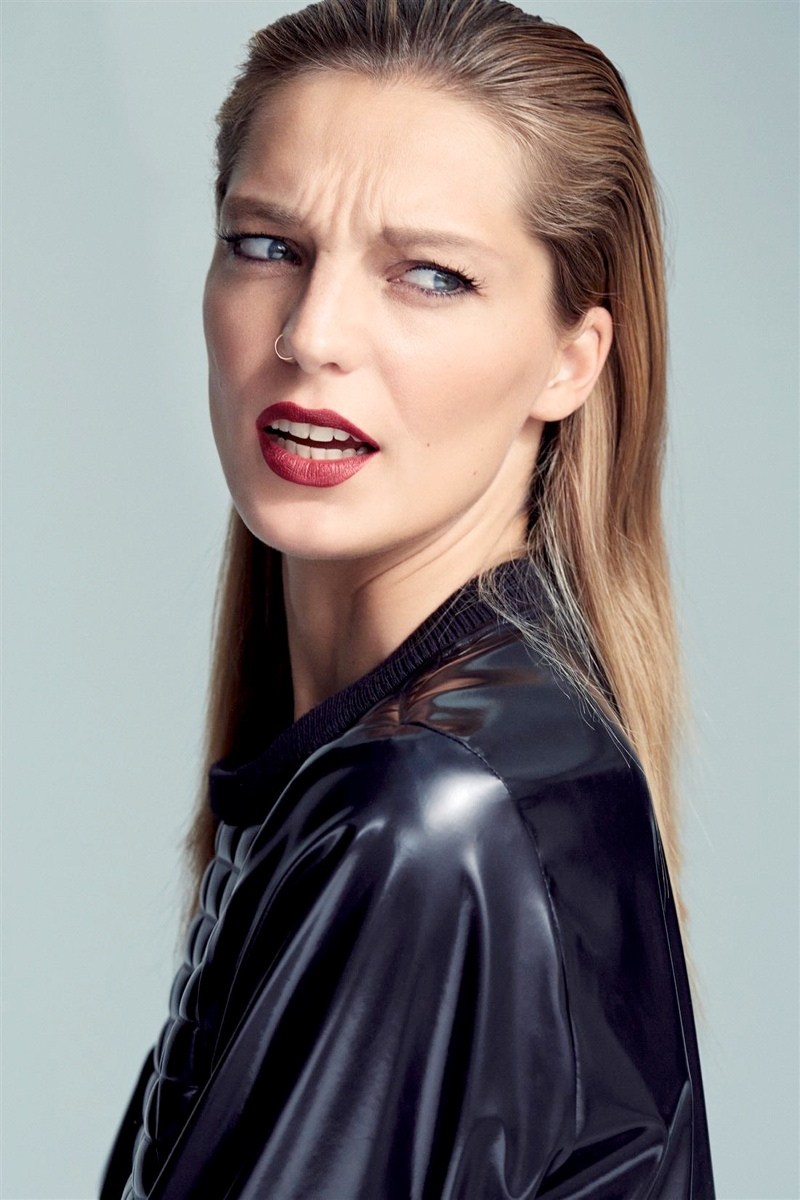 daria werbowy cass bird6 Daria Werbowy Models Leather Fashions for Cass Bird in LExpress Styles