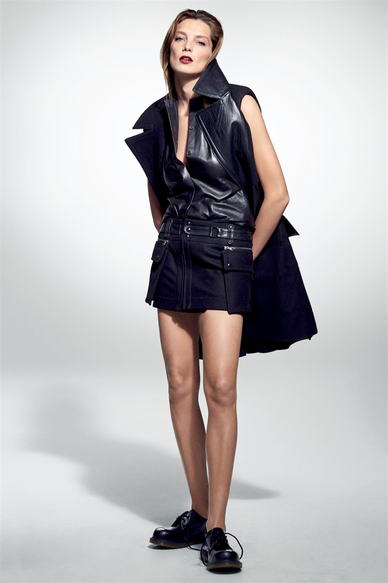 daria werbowy cass bird7 Daria Werbowy Models Leather Fashions for Cass Bird in LExpress Styles