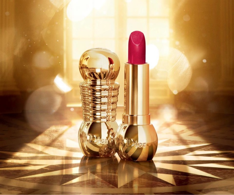dior golden christmas2 Daria Strokous Shines in Dior Christmas Makeup Ads