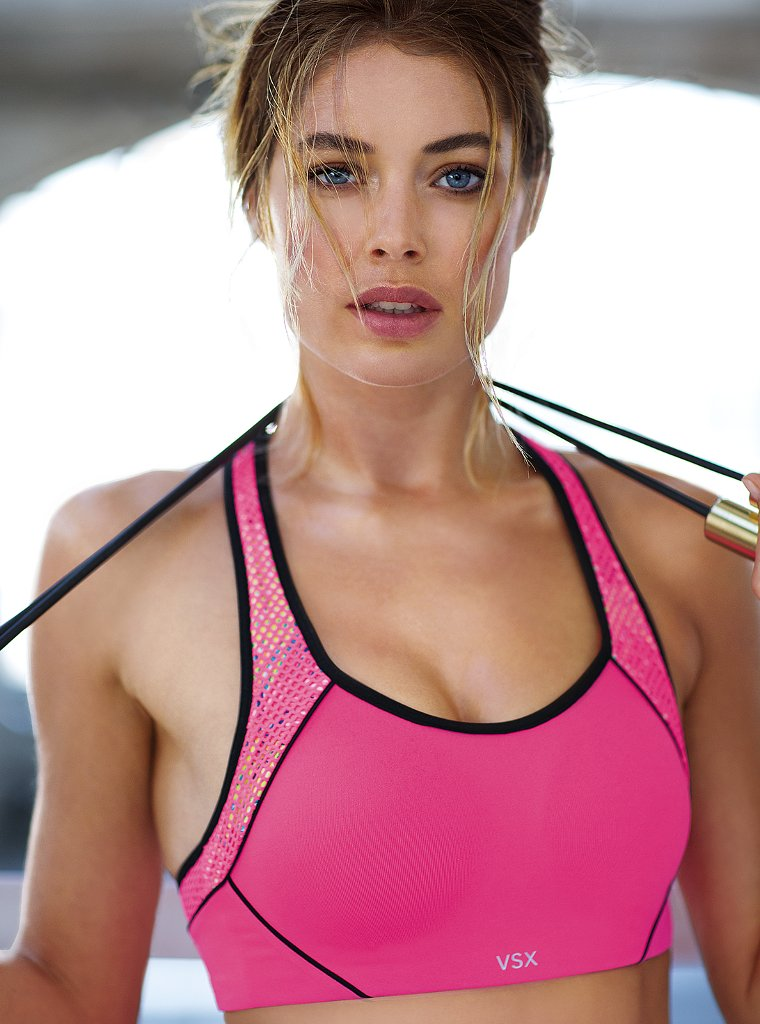 Doutzen Kroes Works Out in Style for VS Sport