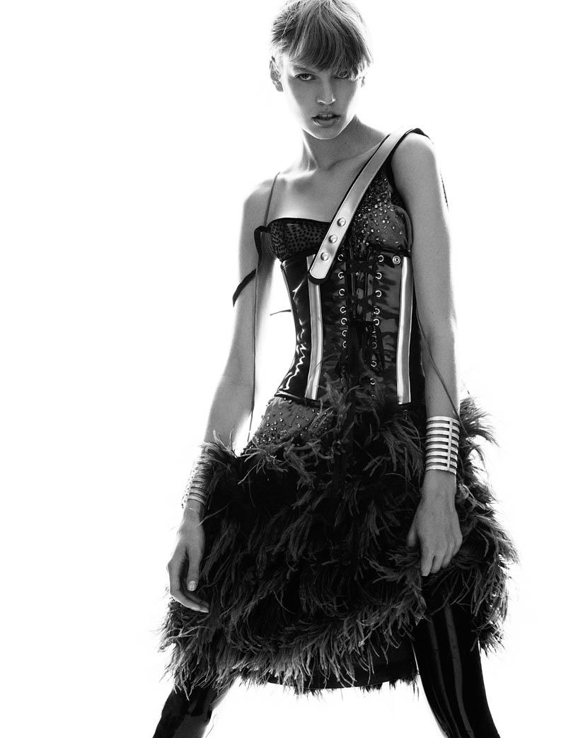 elisabeth erm8 Elisabeth Erm Models Embellished Style for Numéro #149 by Greg Kadel