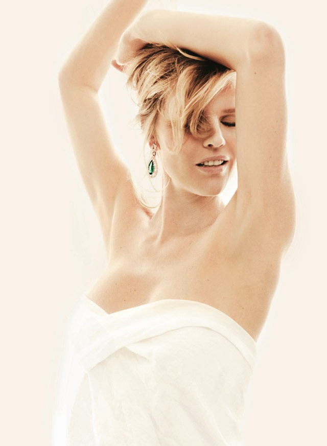 eva jewelry3 Eva Herzigova Shines for The Sunday Telegraph by Francesco Carrozzini