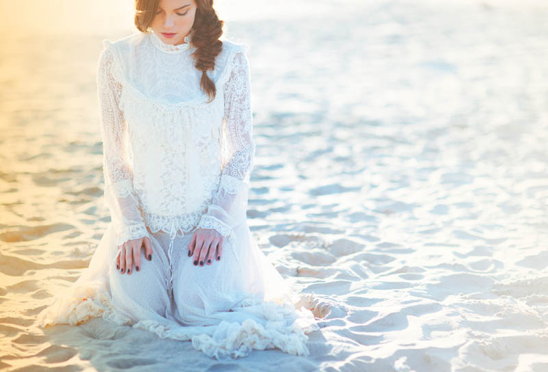 higher love14 Therese Fischer Gets Ethereal for New Free People Feature