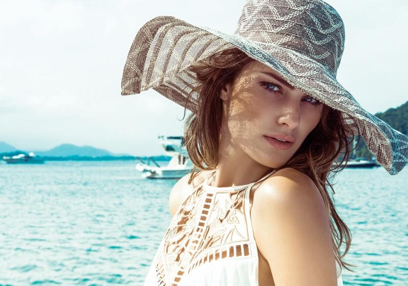 isabeli fontana morena rosa6 Isabeli Fontana Fronts Morena Rosa Beach Spring 2014 Ads