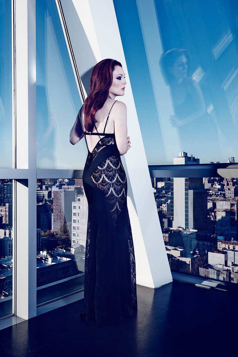 julianne moore shoot2 Julianne Moore Seduces for The Edit, Talks Style & Tom Ford
