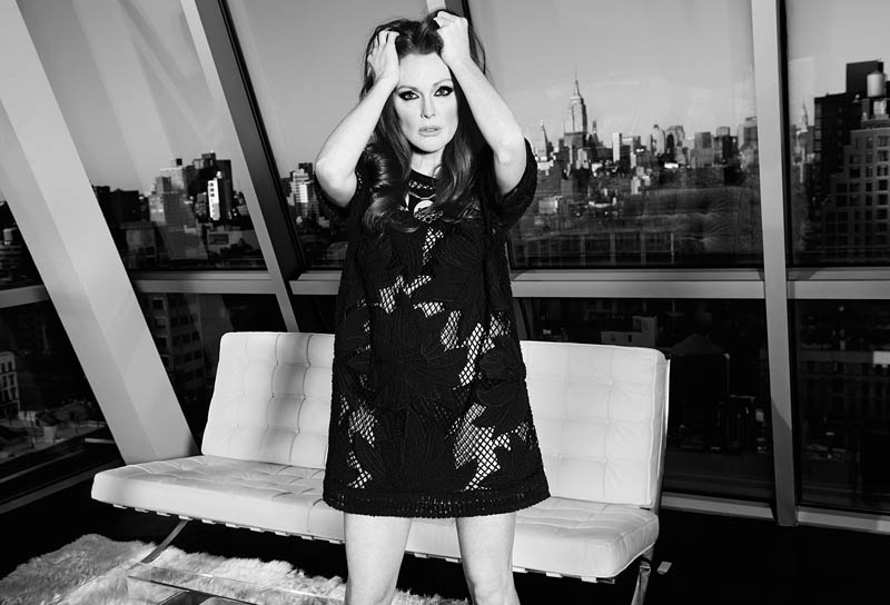 julianne moore shoot3 Julianne Moore Seduces for The Edit, Talks Style & Tom Ford
