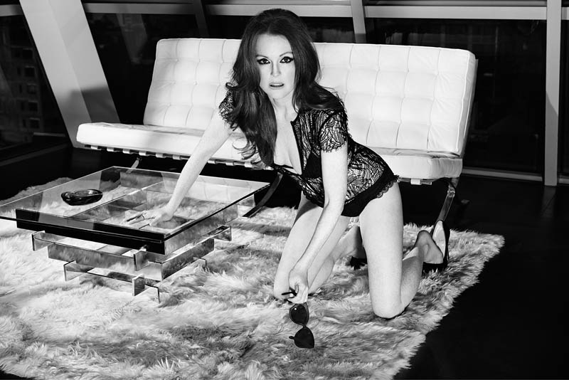 julianne moore shoot4 Julianne Moore Seduces for The Edit, Talks Style & Tom Ford