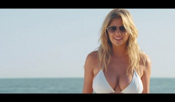 "Kate Upton Rocks Bikini in ""The Other Woman"" Trailer"