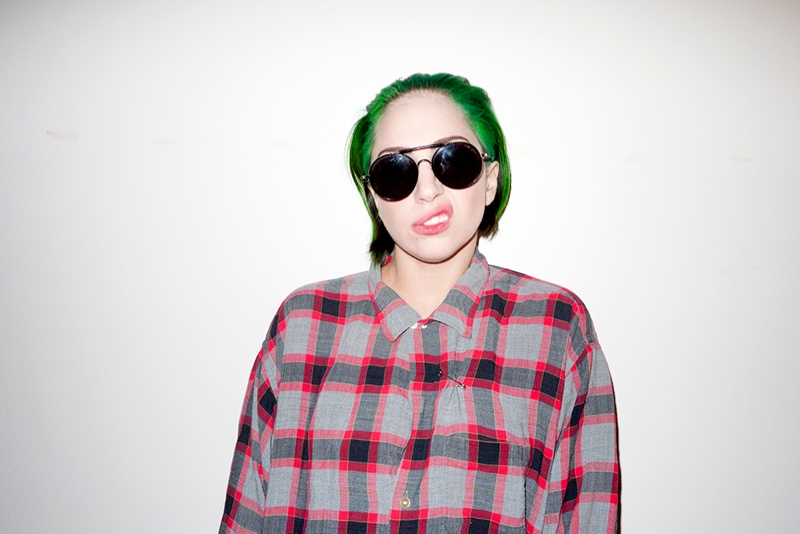 lady gaga by terry3 Lady Gaga Rocks Green Hair in Terry Richardson Photos