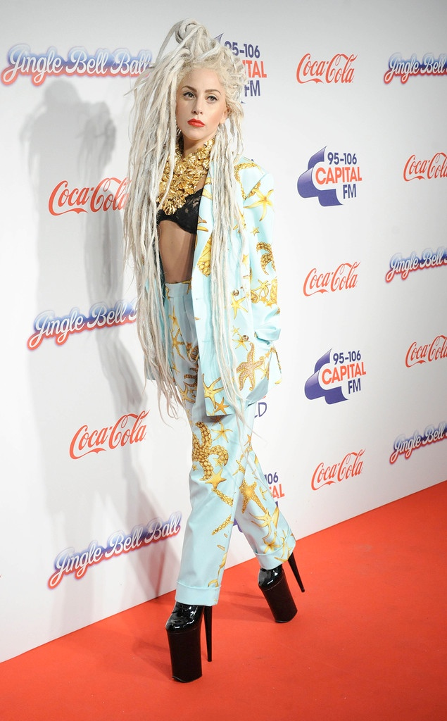 lady gaga dreadlocks3 Lady Gaga Rocks Dreadlocks, Versace Prints at Jingle Bell Ball in London