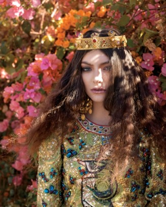 lorde royal wild magazine4 326x406 Dolce & Gabbana Sicilian Jewels Makeup Line for the Party Season