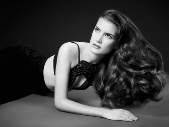Luigi Murenu Creates Stunning Hair for Vogue Brazil by Manuel Nogueira