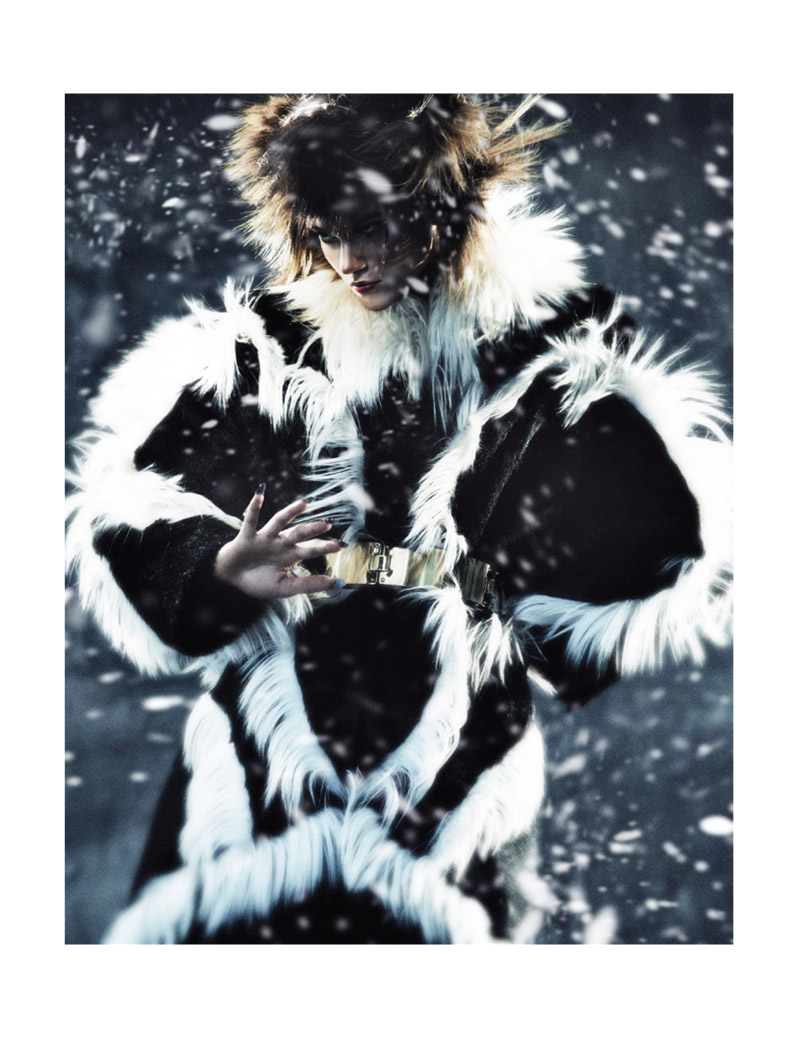 nomad fur shoot4 Rachel Finninger is Nomadic Chic for Schon Magazine