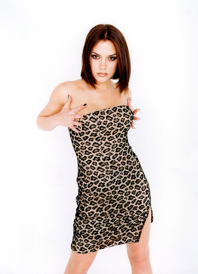 Victoria Beckham S Most 90s Moments As Posh Spice