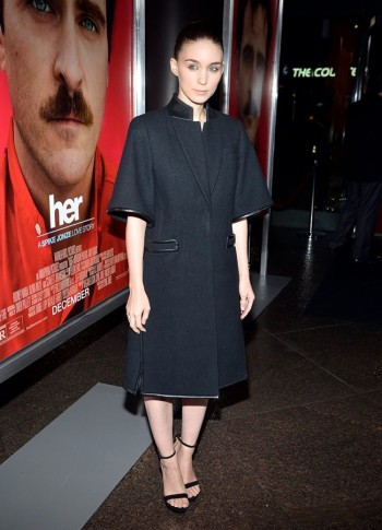 "Rooney Mara Wears Givenchy at ""Her"" LA Premiere"