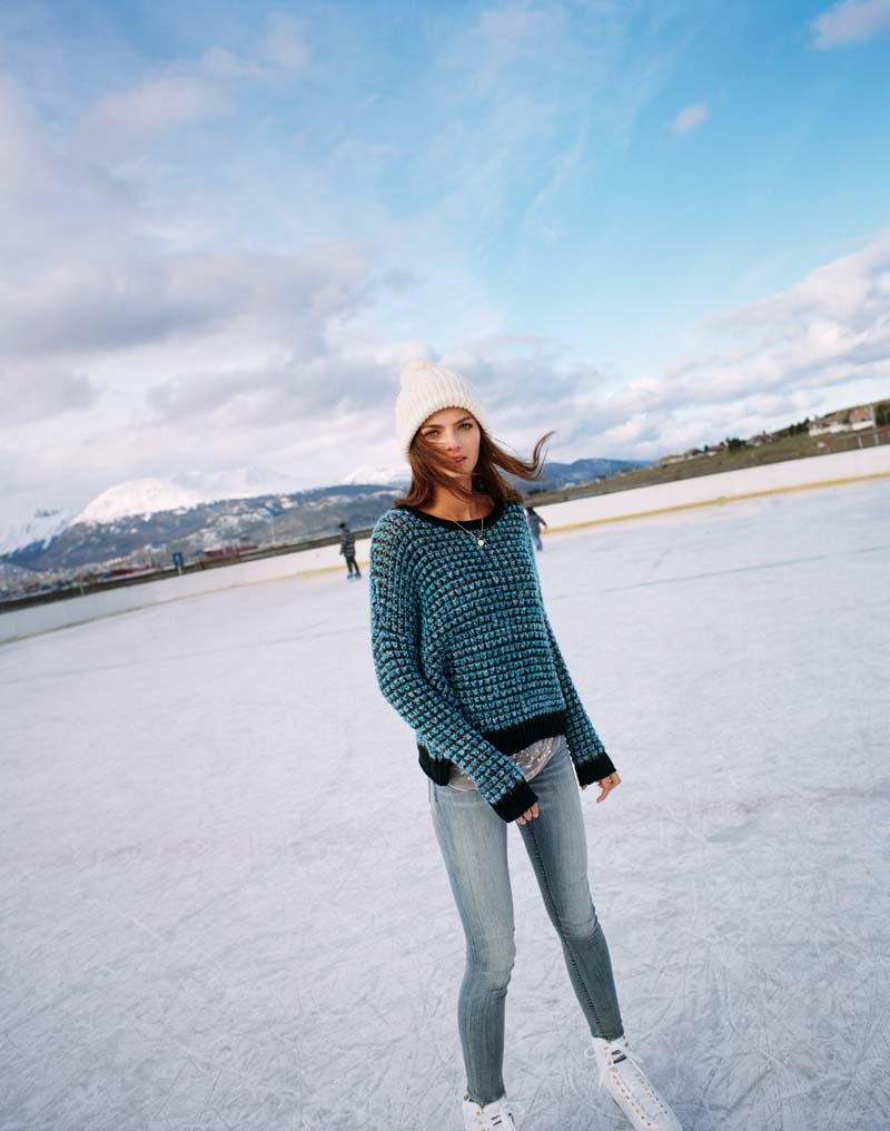 uo winter shoot4 Moa Aberg + Roosmarijn de Kok for Urban Outfitters Holiday 2013