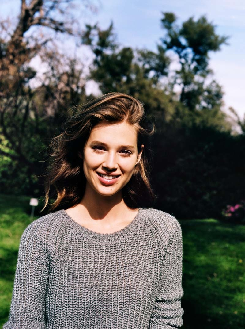 urban outfitters holiday1 Anais Pouliot + Camilla Christensen Front Urban Outfitters Holiday 2013