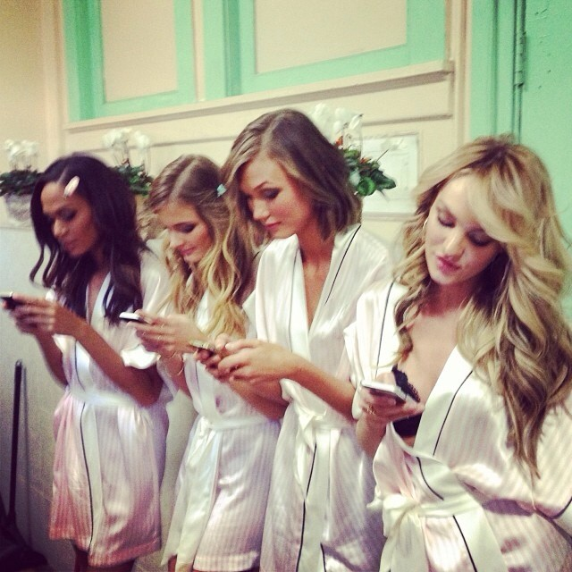 vs cellphones Instagram Photos of the Week | Barbara Palvin, Behati Prinsloo + More Model Pics