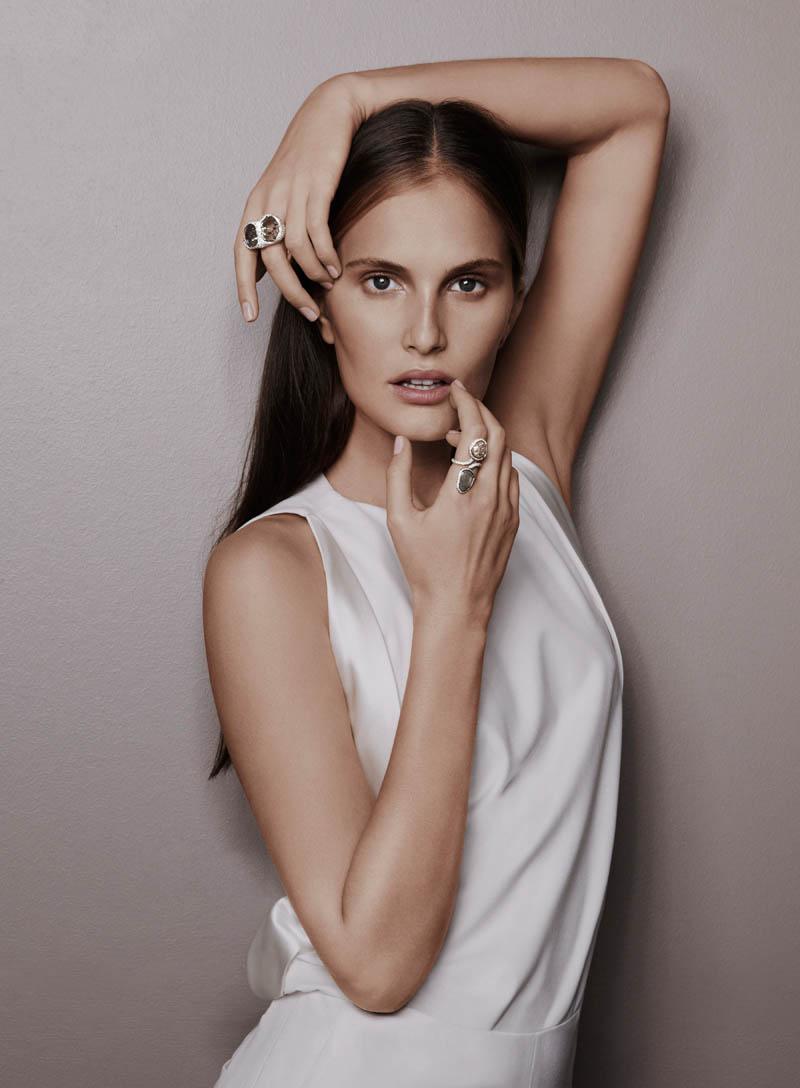 alla saqqara jewelry2 Alla Kostromichova Fronts Saqqara Jewelry Campaign by Kate Martin