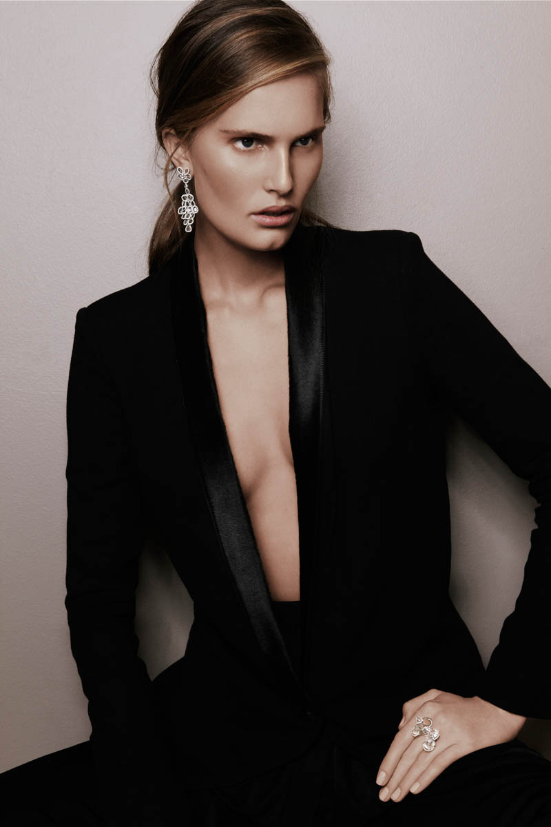 alla saqqara jewelry6 Alla Kostromichova Fronts Saqqara Jewelry Campaign by Kate Martin