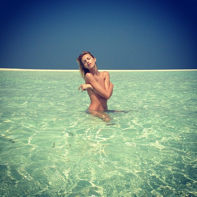 anja rubik instagram12 Anja Rubiks Vacation Photos Are Supermodel Gorgeous