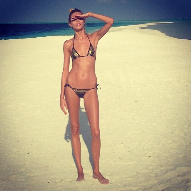 anja rubik instagram13 Anja Rubiks Vacation Photos Are Supermodel Gorgeous