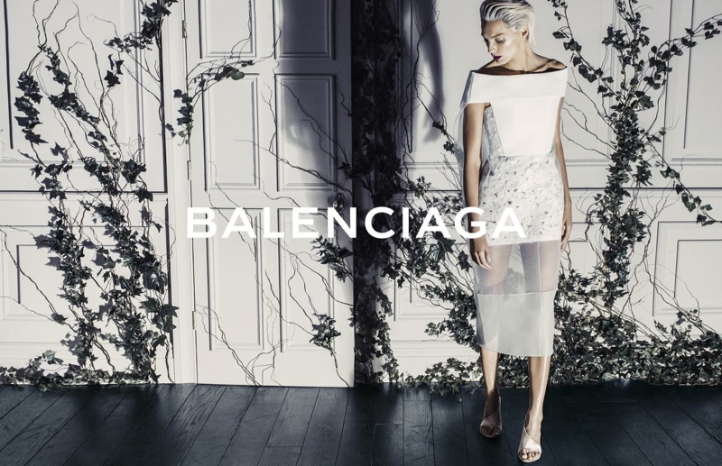 balenciaga daria werbowy photos3 More Photos of Daria Werbowy in Balenciagas Spring Ads