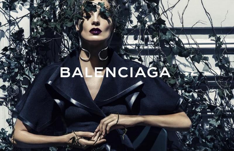 balenciaga spring 2014 campaign3 800x518 Preview | Balenciaga Spring/Summer 2014 Campaign with Daria Werbowy